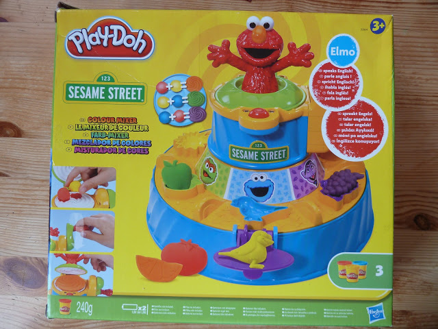 SESAME STREET PLAYDOH: BIRTHDAY PRESENTS!