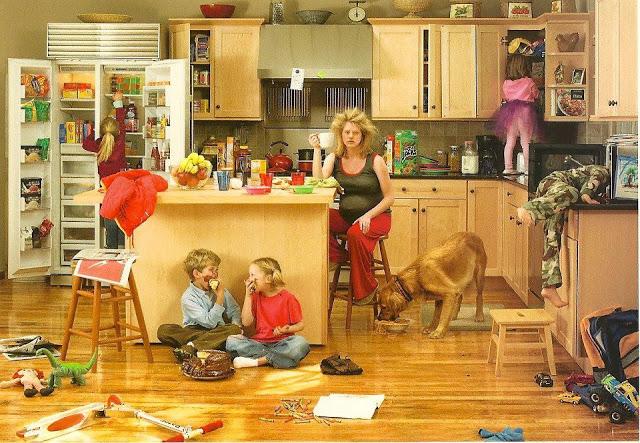 http://2.bp.blogspot.com/-zB5QHyQSfvk/T9R5kO7YIGI/AAAAAAAAAP4/VEYjmGaJDrg/s1600/busy+mom.jpg