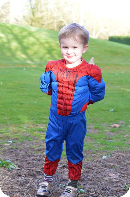 SPIDERMAN COSTUME: DISNEY STORE