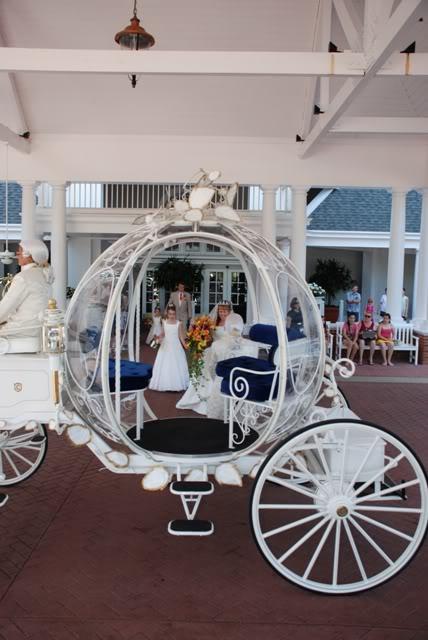 OUR WALT DISNEY FAIRYTALE WEDDING [SERIES]: WEDDING DAY – OUR CARRIAGE AWAITS