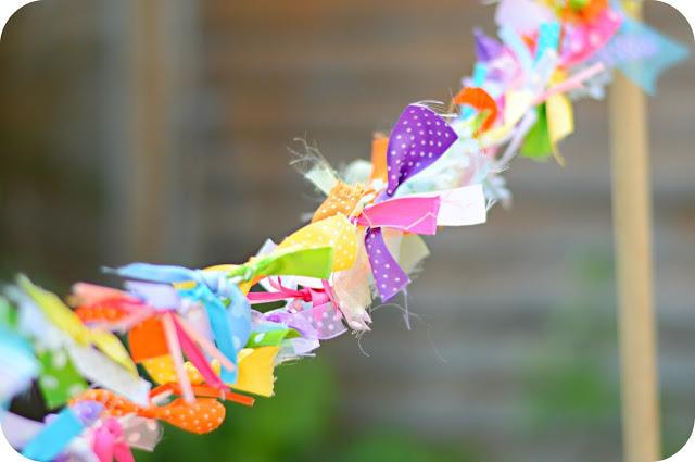 ribbon-garland