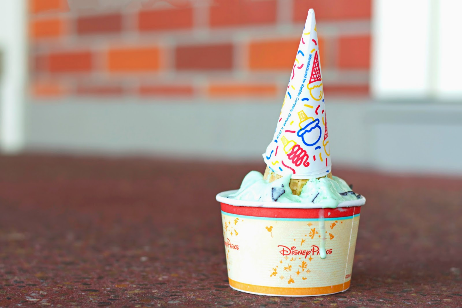 PETER PAN DROPS THE [PIXIE DUST] BOMB: ICE CREAM & MICKEY'S NOT SO SCARY HALLOWE'EN PARTY