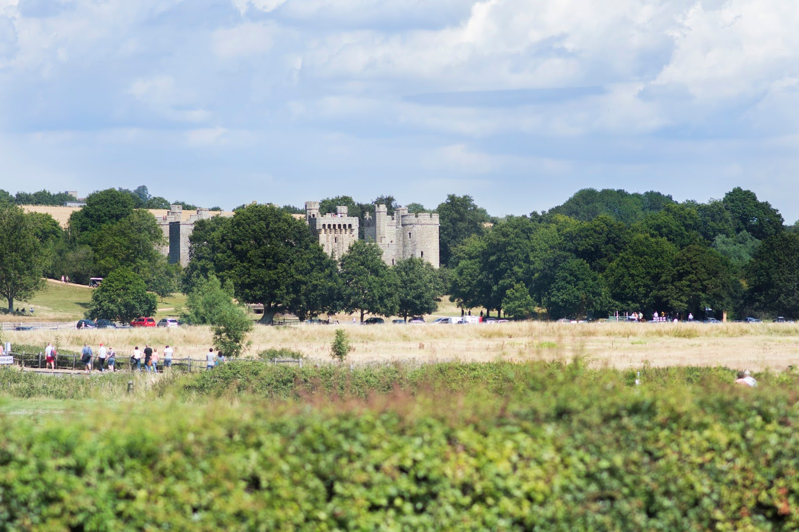 ONCE UPON A CASTLE [VISIT 1066 COUNTRY & BODIAM CASTLE]