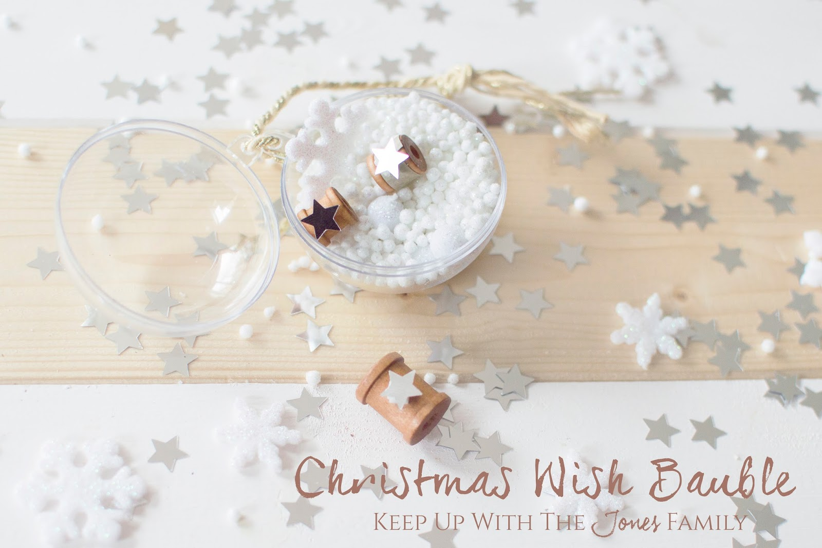 CHRISTMAS WISH BAUBLES