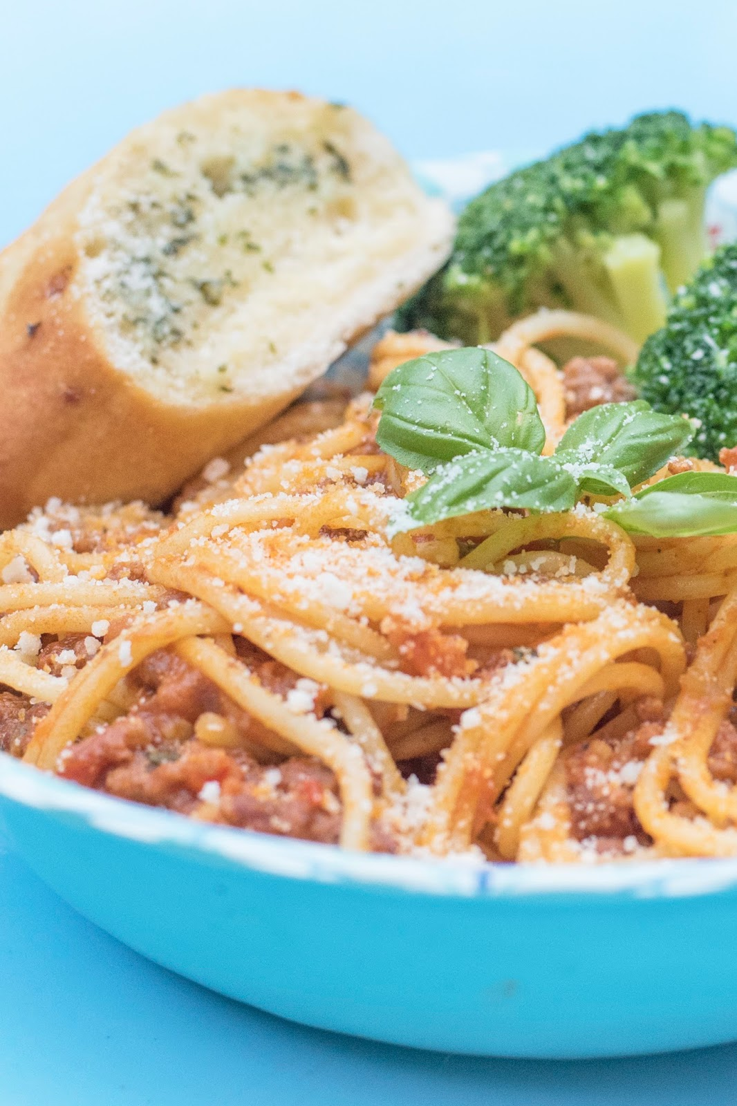 Charlie Bighams Spaghetti Bolognese Meal