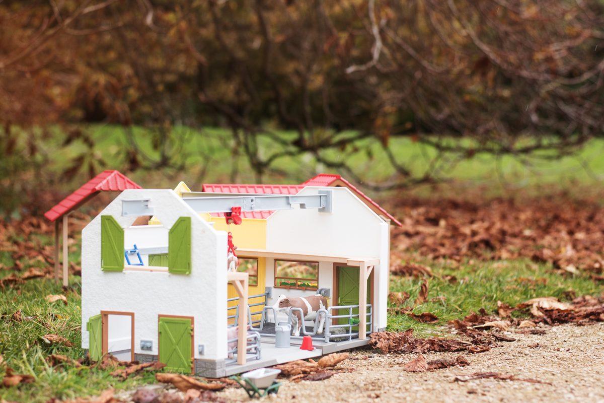 Schleich Big Farm playset animals