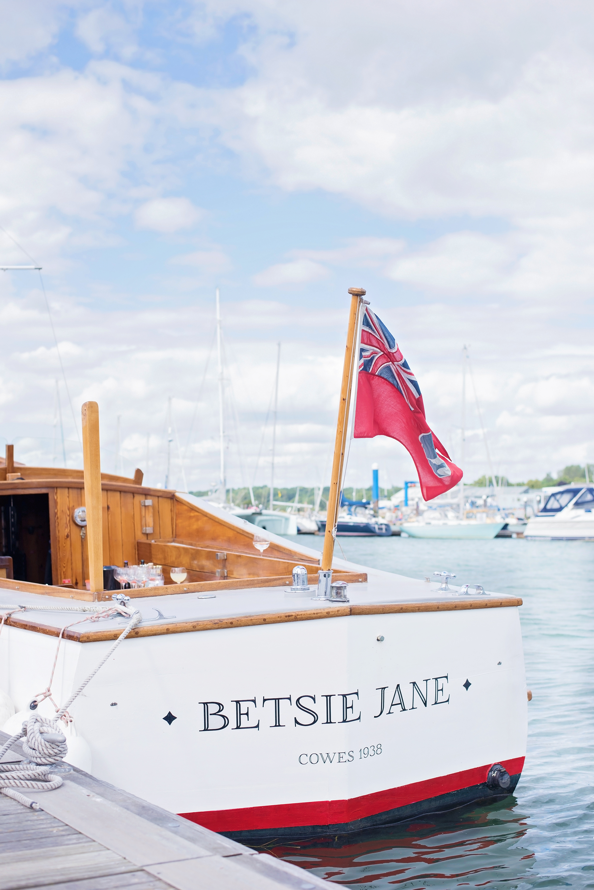 AFTERNOON GIN CRUISE ON THE RIVER HAMBLE