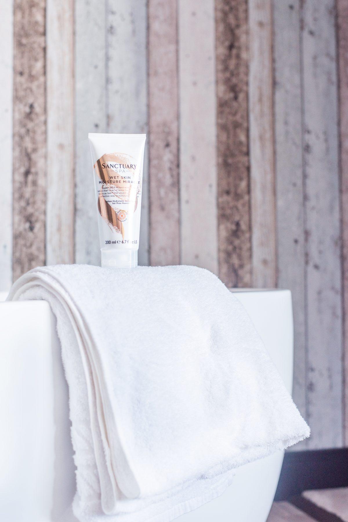 Sanctuary Wet Skin Moisture Miracle