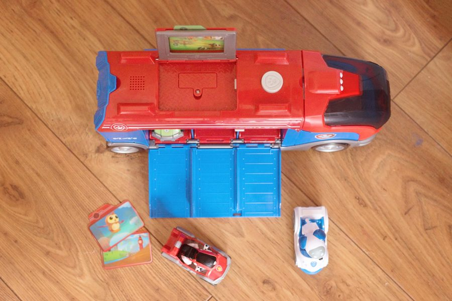 PAW PATROL MISSION CRUISER AND MINI VEHICLES REVIEW