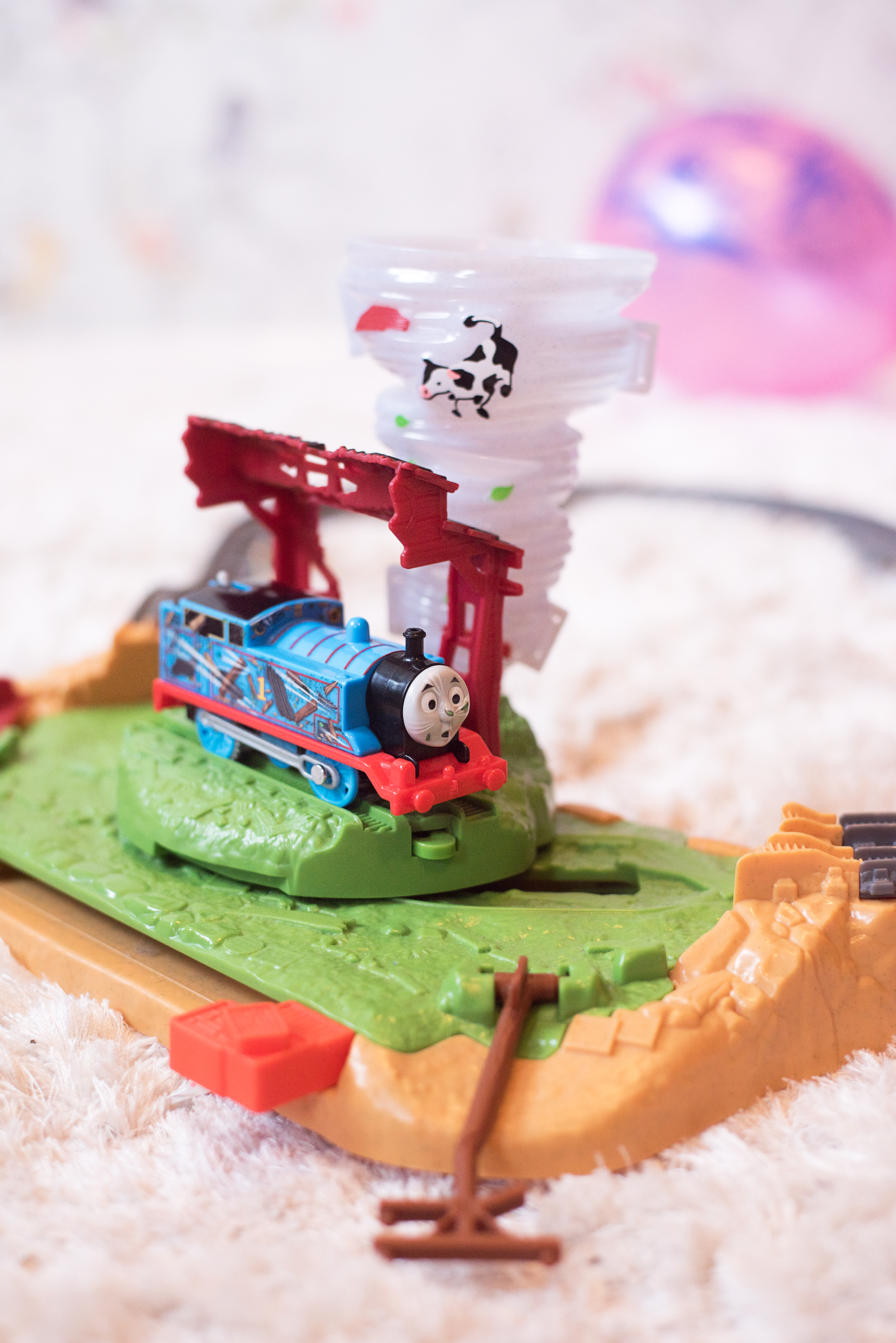Thomas The Tank Engine Twisting Tornado Trackmaster Playset