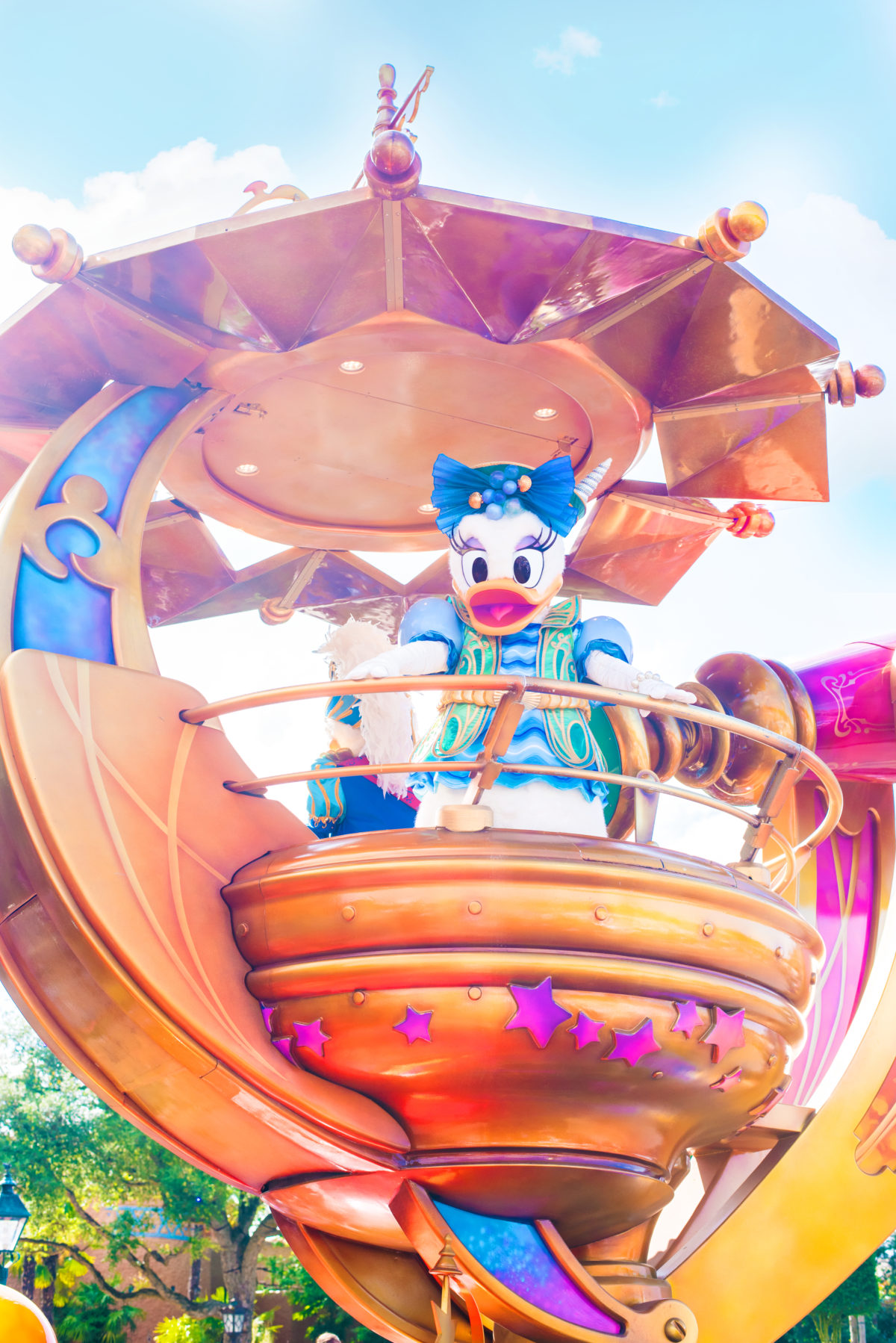 Daisy Duck in her Stars on Parade Costume, Disneyland Paris