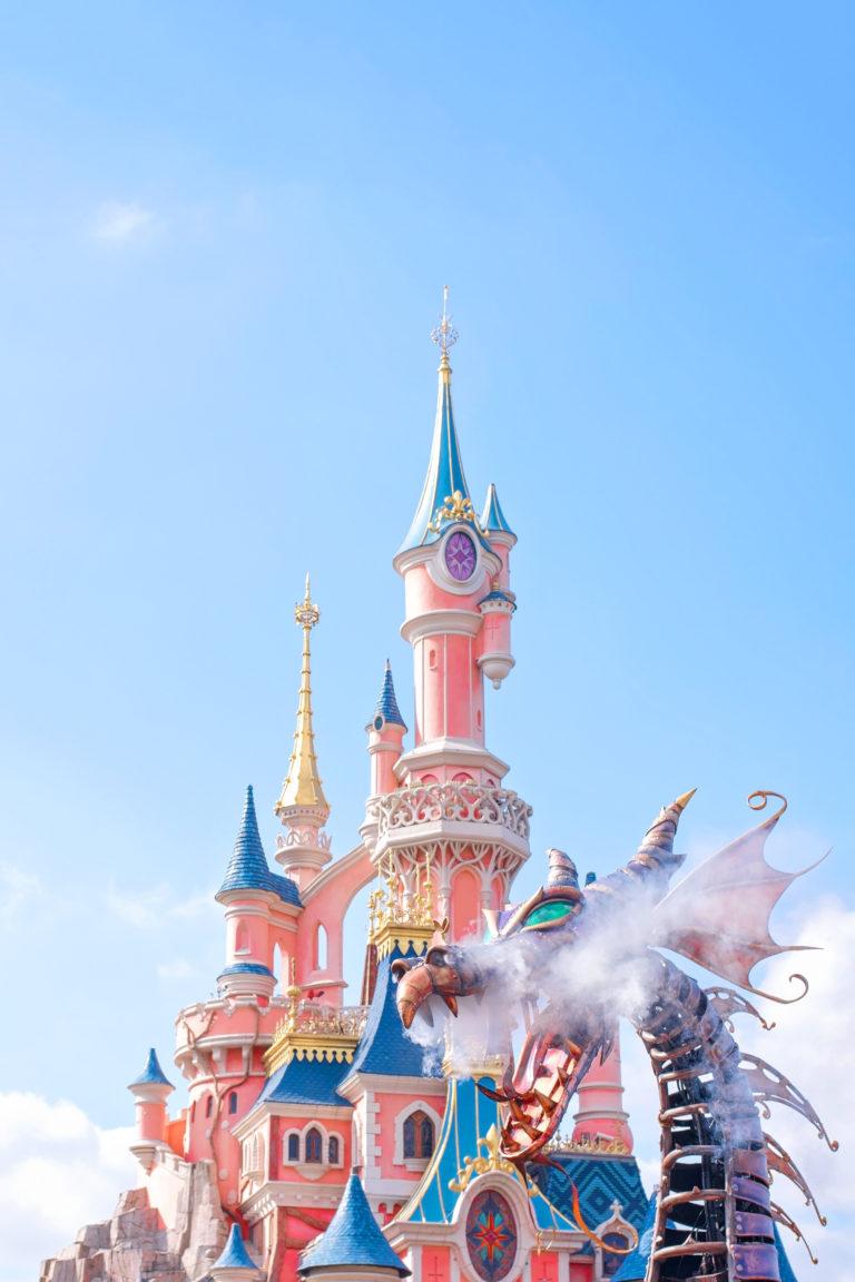 Disneyland Paris Parade: Stars on Parade