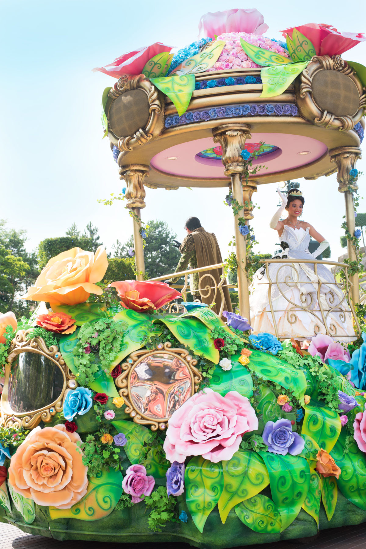 tiana princess and the frog parade