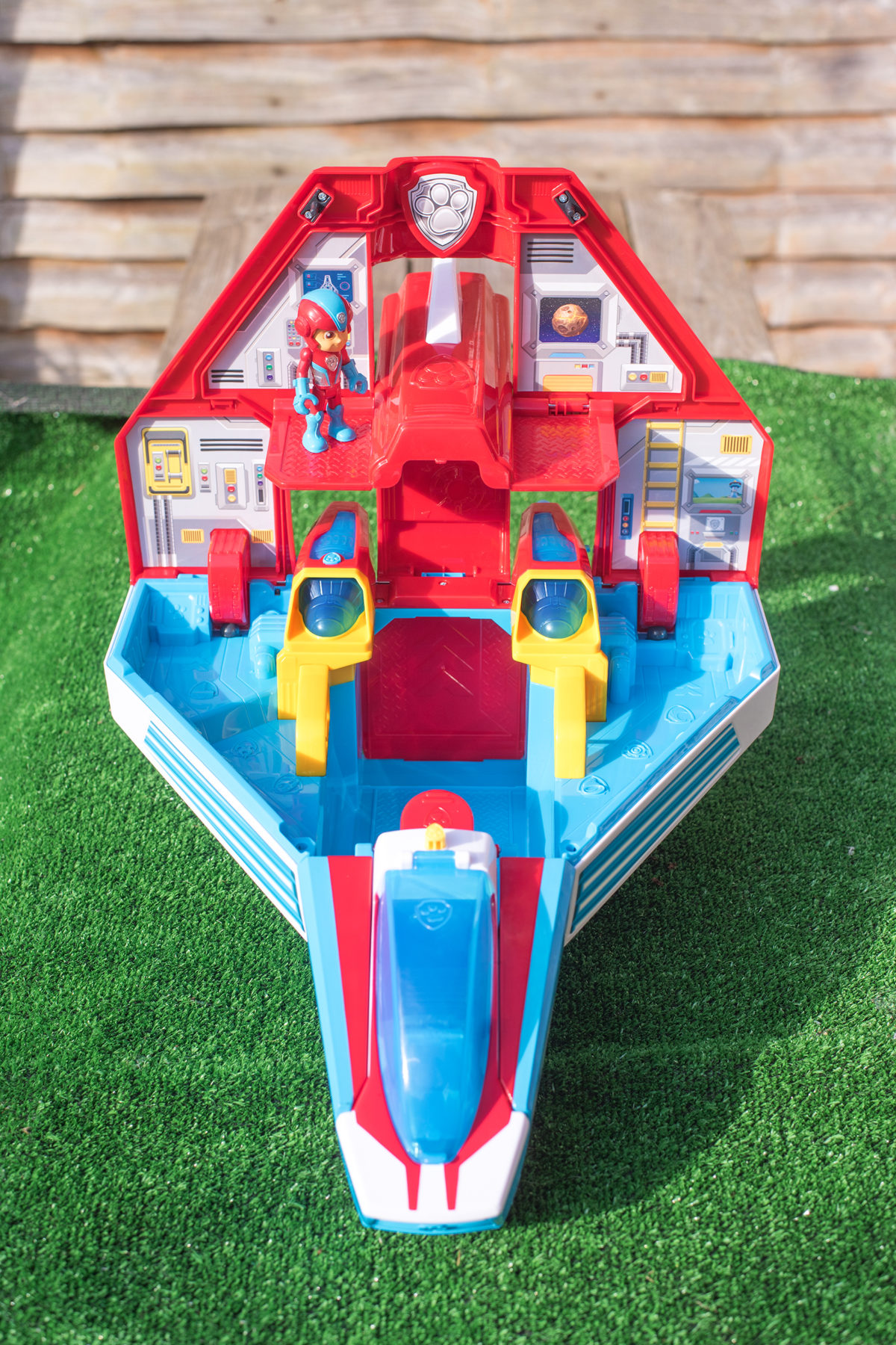 OPEN AND READY FOR PLAY - THE PAW PATROL MIGHTY JET COMMAND CENTRE
