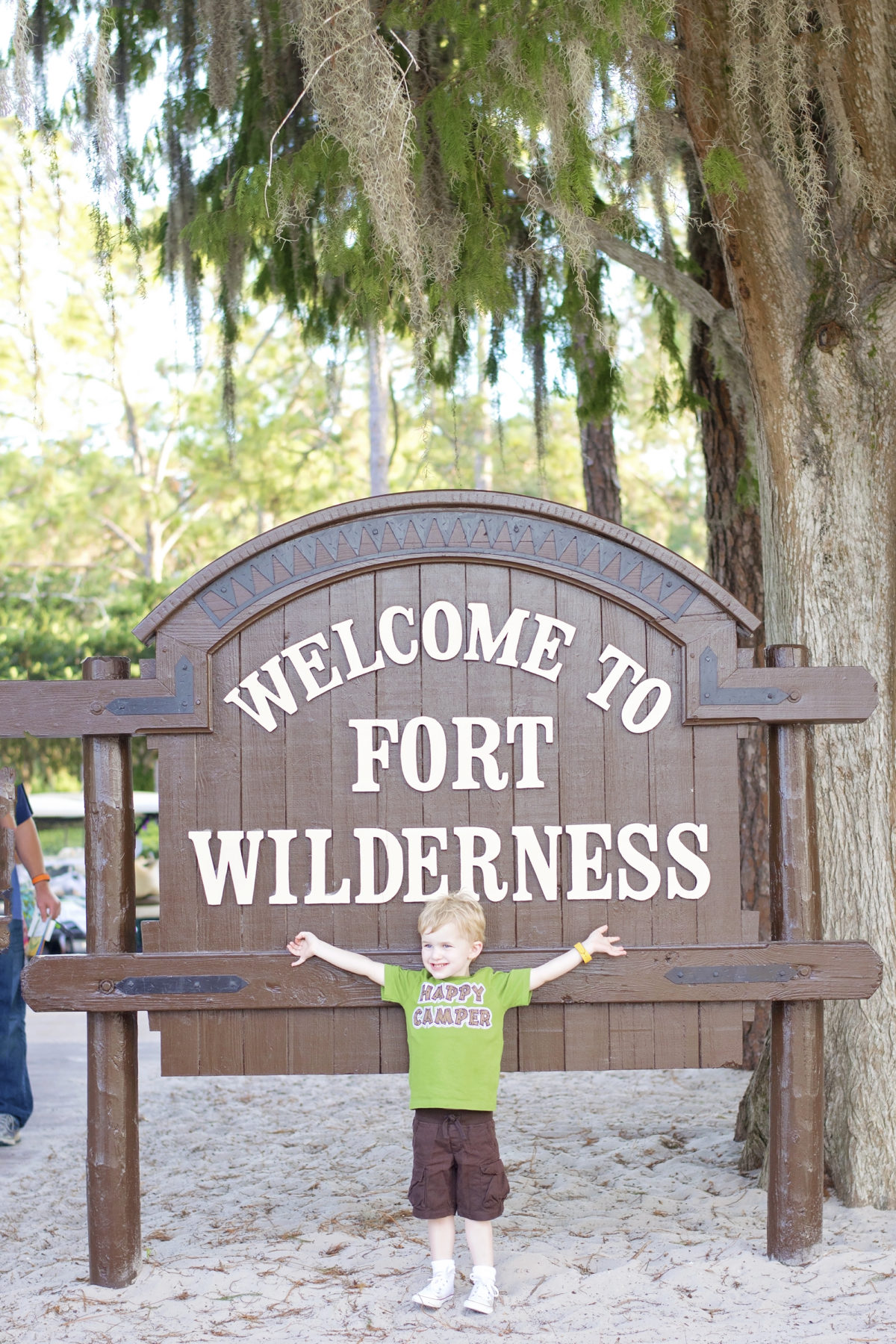 disney's fort wilderness campground resort sign