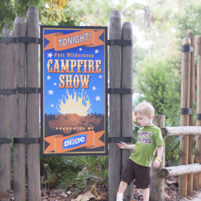 CHIP 'N' DALE'S CAMPFIRE SING-A-LONG – WITH THE HEADLESS HORSEMAN