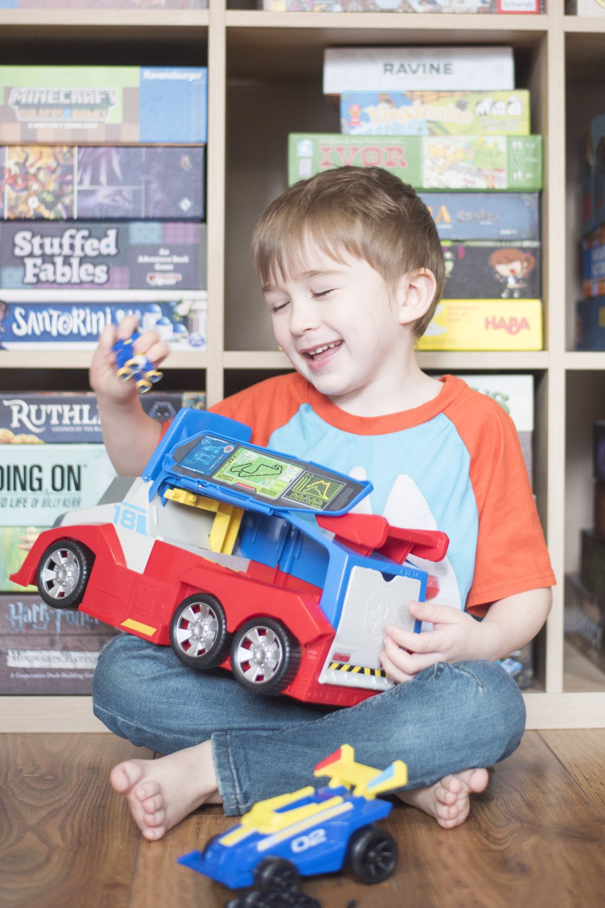 playing with paw patrol ready race rescue  mobile pit stop