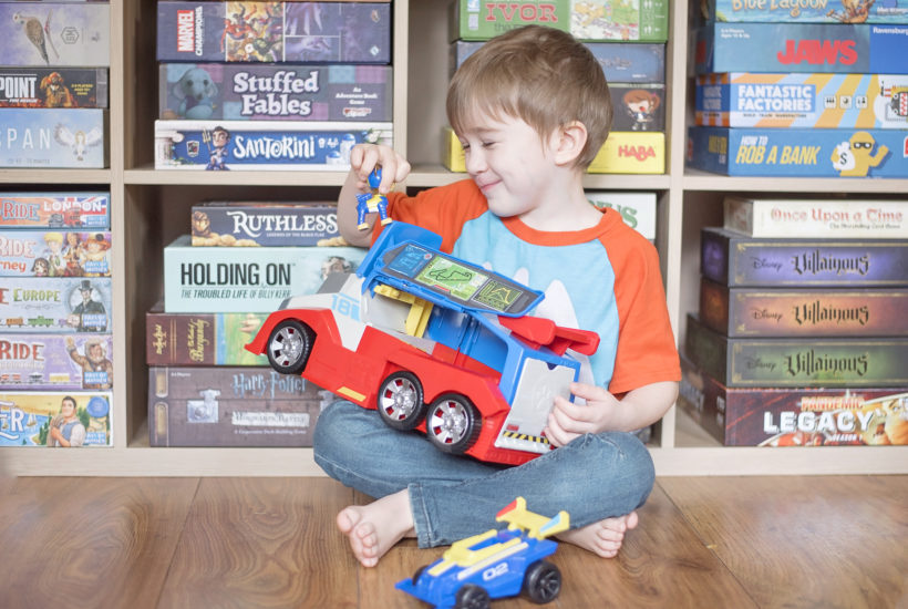 playing with paw patrol ready race rescue mobile pit stop playing