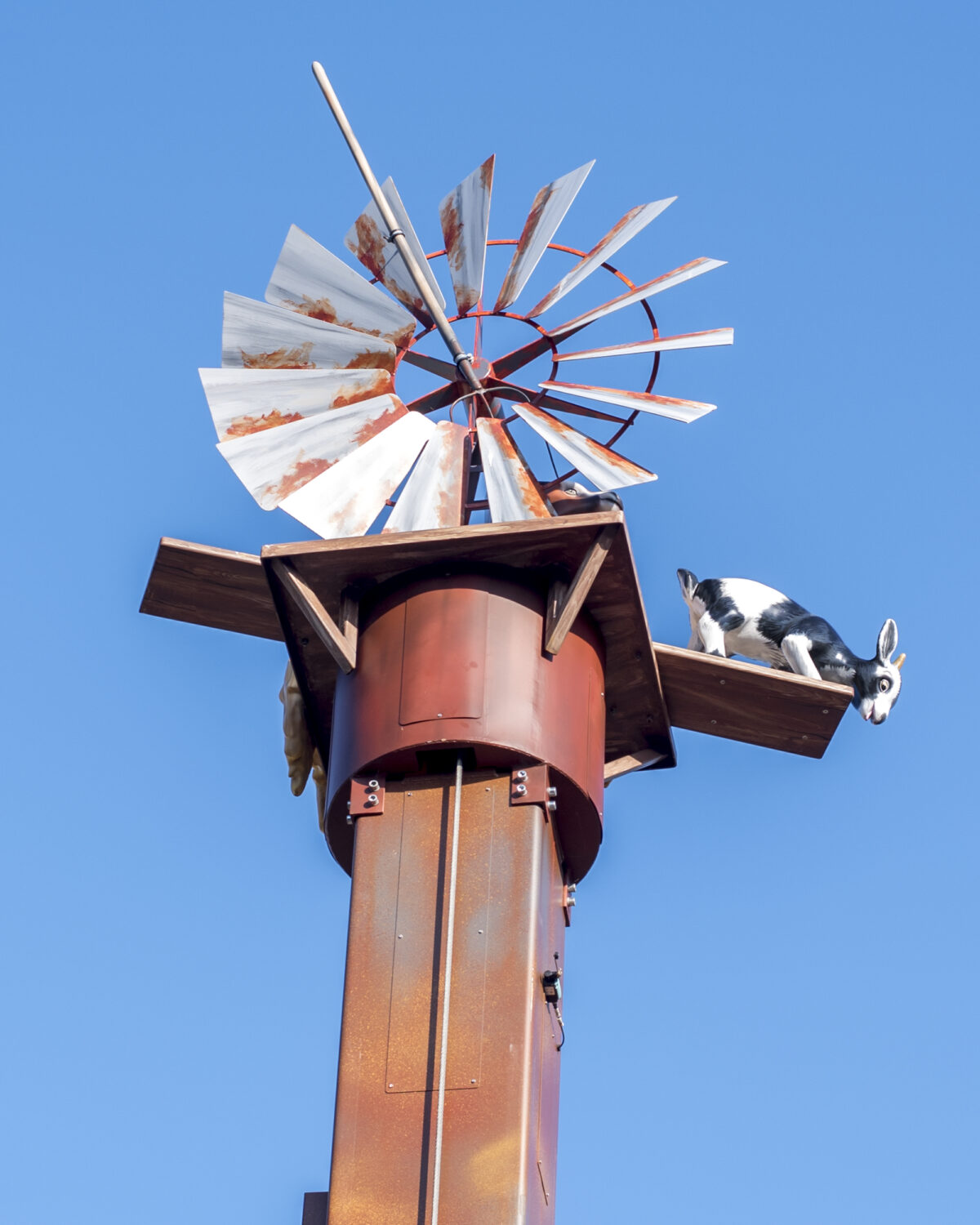Image shows the Windmill blades of the Windmill Falls ride at Tornado Springs, Paultons Park, Hampshire.