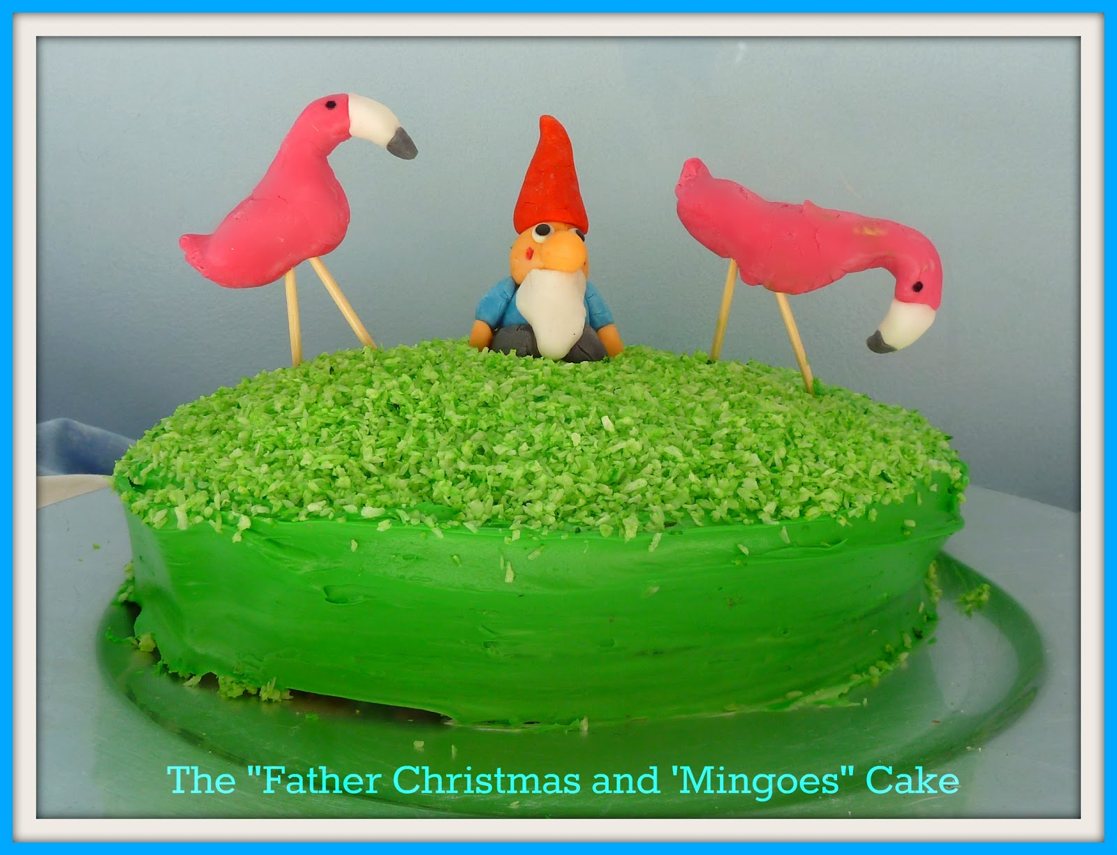 The Father Christmas and his Flamingoes Cake